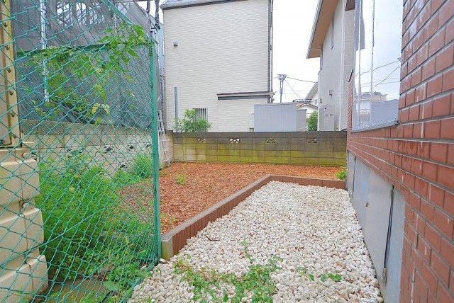 成城オリンピックマンション 専用庭
