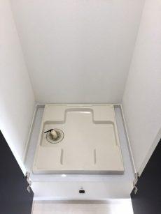 ラインコーポ箱崎 (50) 観音開きを開けると洗濯機置場でしたー