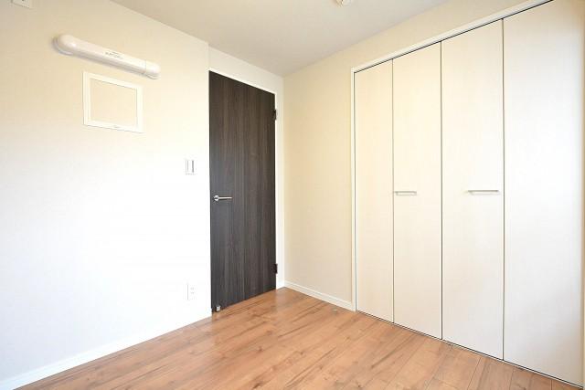 第18宮庭マンション 4.5帖洋室
