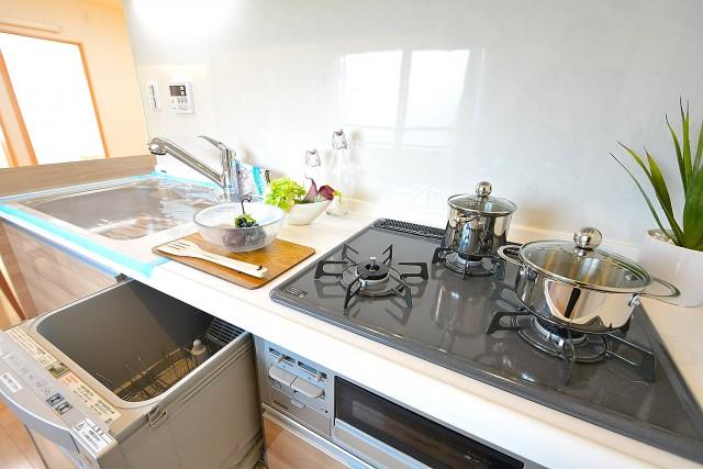 南青山ロータリーマンション キッチン