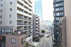 赤坂キャステール 3.2帖洋室からの眺望
