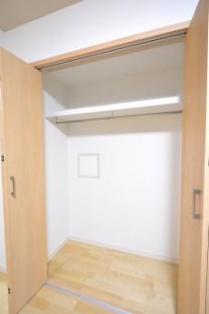 ニューウェルハイツ高輪 約6.3帖洋室のクローゼット