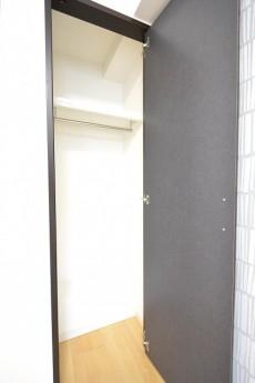 アルカサル世田谷上町 4.4帖洋室のクローゼット