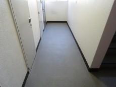 デボスハイツ 共用廊下
