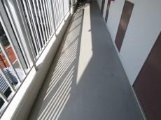 メゾンドール明石 共用廊下