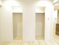 アルテール新宿 洋室