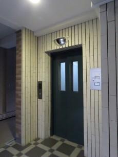 ソルシェ月島 エレベーター