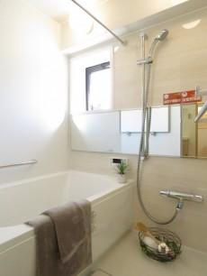 ソルシェ月島 バスルーム