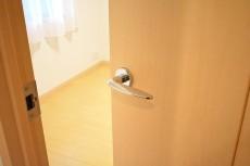 フェイム芝浦インターウエーブ 5.0洋室ドア