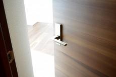 GSハイム南青山 6.0帖洋室ドア