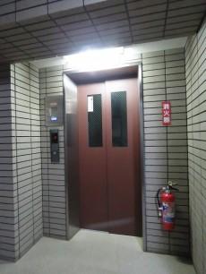 マイネシュロッス経堂 エレベーター