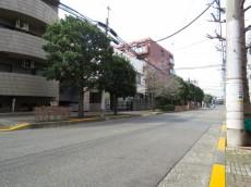 マイネシュロッス経堂 前面道路