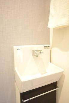 小田急南青山マンション トイレ手洗い水栓