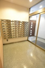 三軒茶屋ターミナルビル 郵便BOX