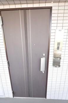 クオス銀座エスト・ドゥジエーム 玄関