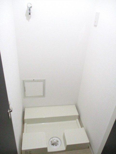 8アピカ成城-V洗面所