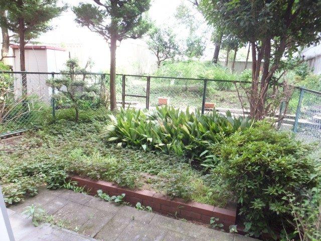シャンボール第二都立大お庭