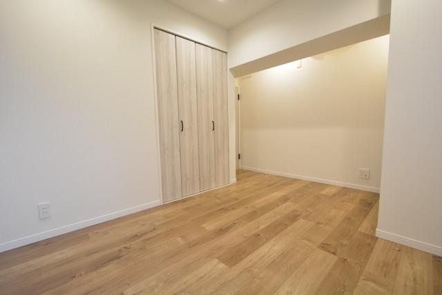 マンション駒場301号室 洋室