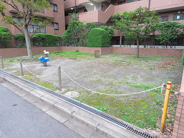 マイキャッスル二子玉川園 広場