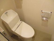 ソルシエ月島7トイレ下