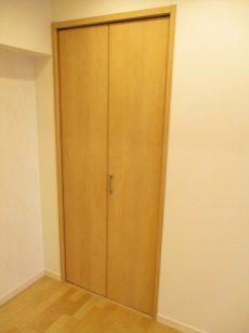 マンション中野坂上33洋室収納