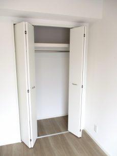 シャンボール小石川 LD側洋室収納オープン