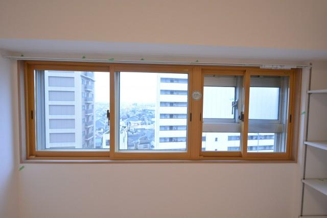 上馬ハイホーム906 窓