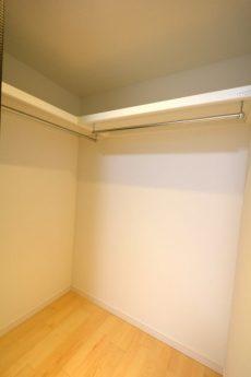 エルアルカサル小石川 洋室約6.3帖収納