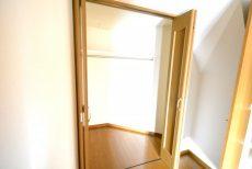 ミリオンガーデン小石川 洋室約3.7帖収納