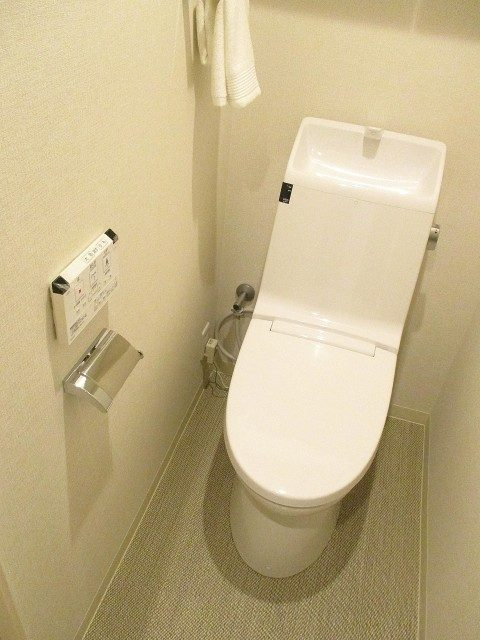 ファミール築地 トイレ