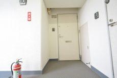 クレール東山 玄関