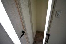 自由ヶ丘第5マンション702 玄関 (6)