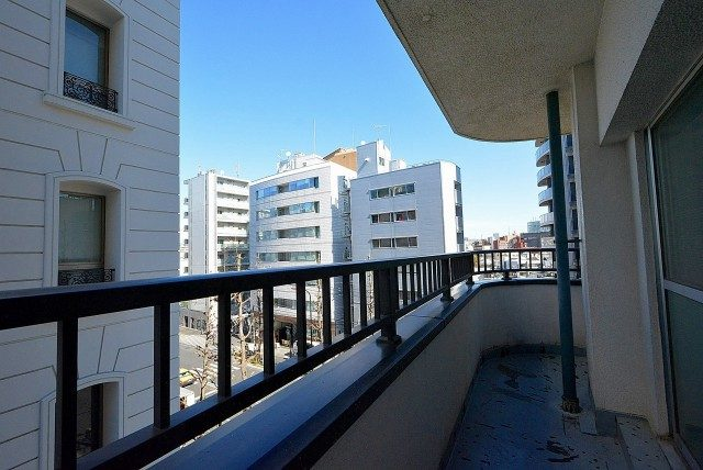 第八宮庭マンション5B号室 バルコニー
