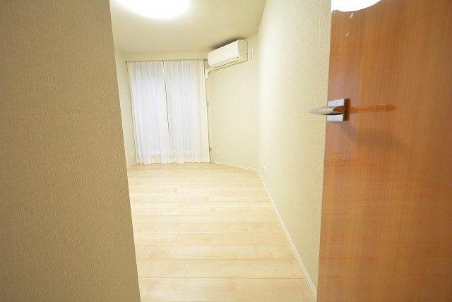 セボン柿の木坂 洋室2