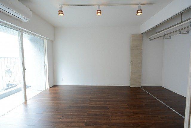 青山セブンハイツ 洋室
