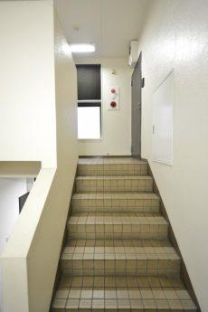カルム桜新町パティオ 階段