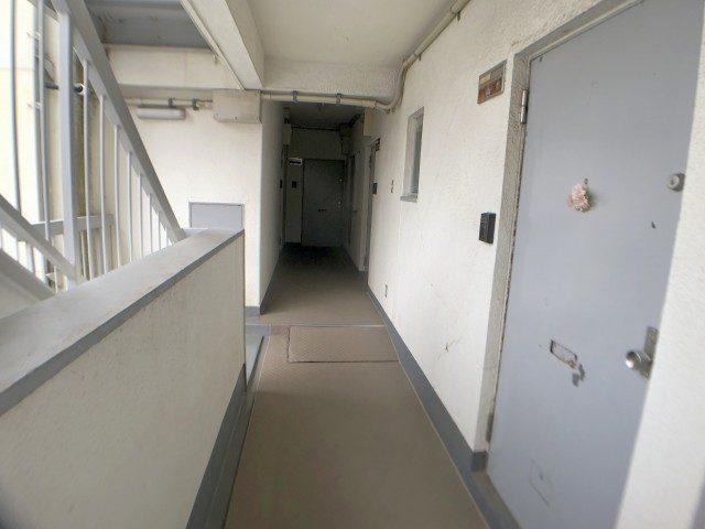 ニュー池尻マンション_7 外廊下