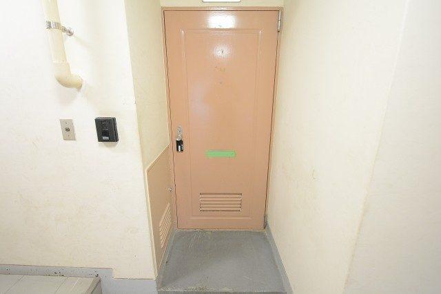 桜丘フラワーマンション 玄関