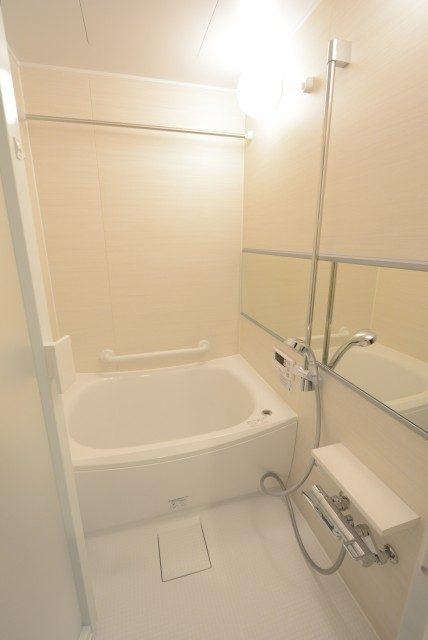 ヴィラロイヤル東中野 浴室