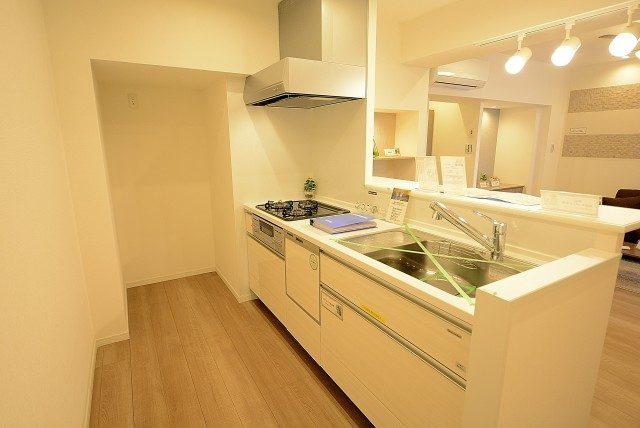 メゾンド―ル代々木 キッチン
