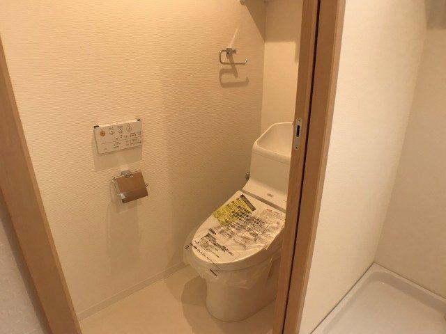 カーサ田原町 トイレ