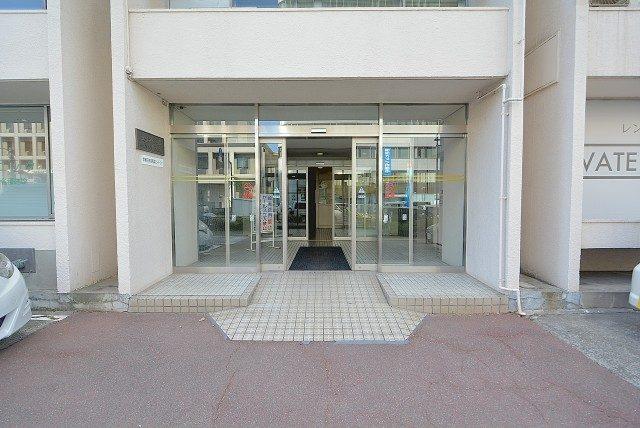 メゾンドール高田馬場 エントランス