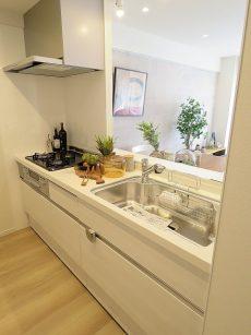 ライオンズガーデン幡ヶ谷 キッチン