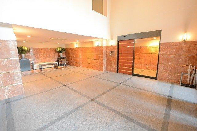 シティハウス新宿柏木 エントランス
