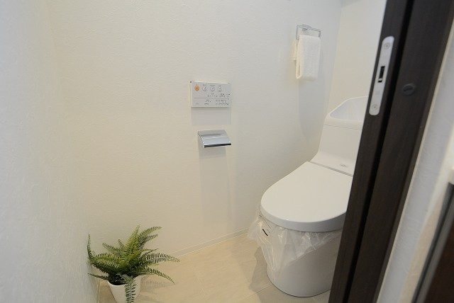 南平台マンション トイレ