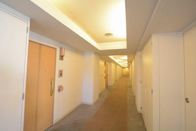 クリオタワー大塚台 内廊下