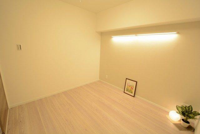 グランドメゾン新宿東 洋室2