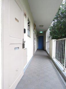 コーポ洗足 共用廊下