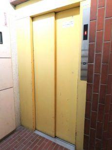 ビレヂ五反田 エレベーター