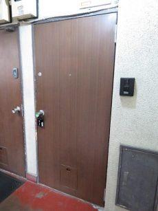 ビレヂ五反田 玄関扉